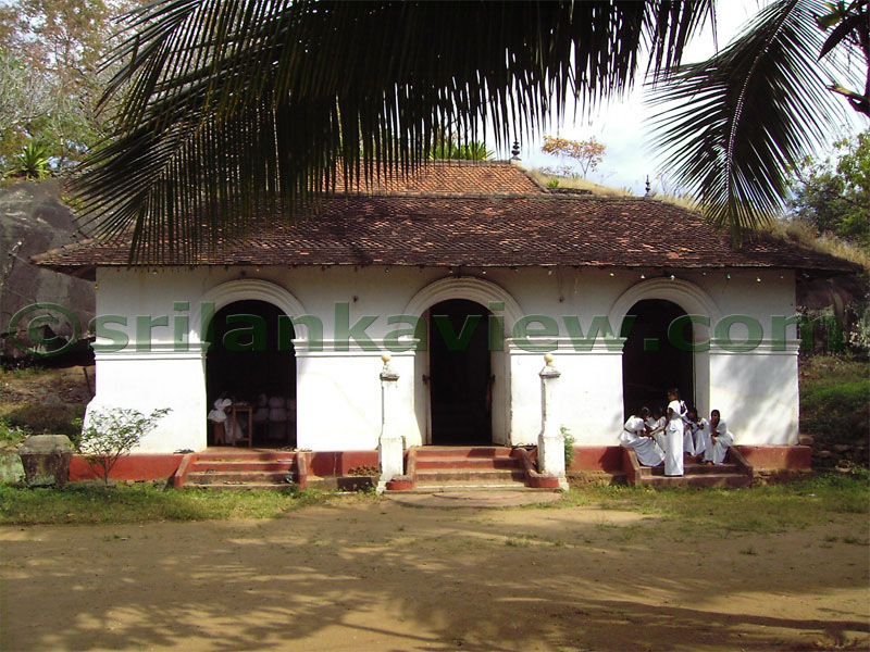 Temple entrance essay