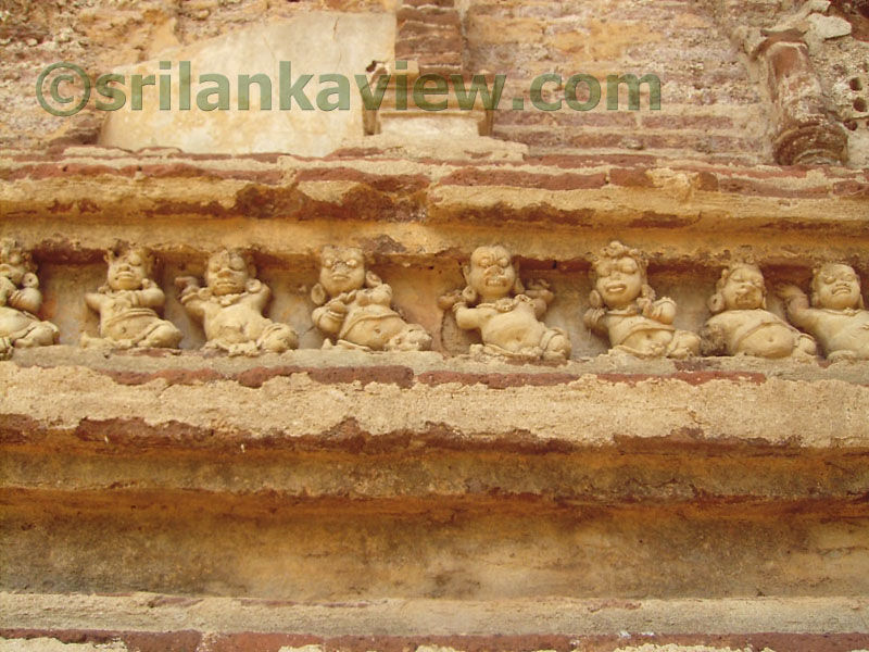essay about polonnaruwa