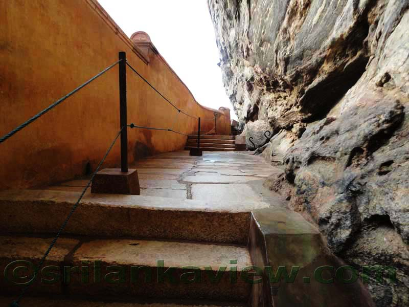 Srilankaview Sigiriya Mirror Wall Sri Lanka - Bathroom Vanities, Chandeliers, Bar Stools ...